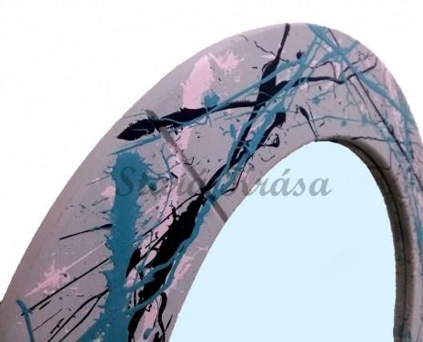 Zrcadlo v color úprave