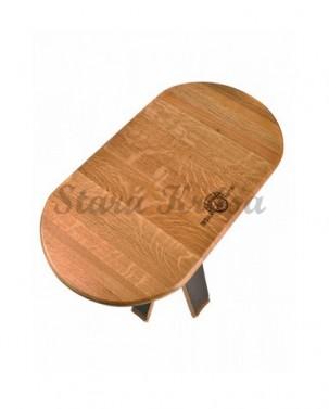 Stolek ze dřeva s patinou.