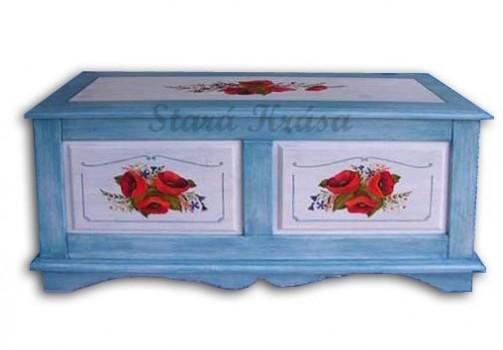 Modrá dřevěná truhla s motivem vlčích máků č.2