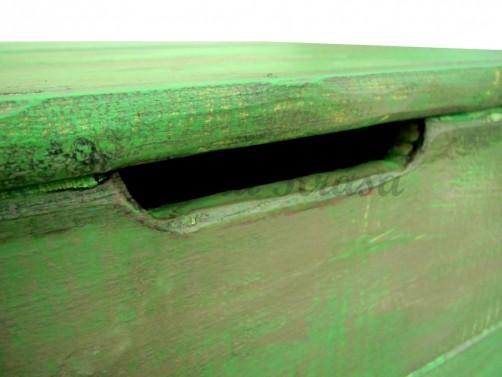 Vintage truhla ze dřeva