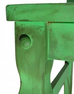 Masivní dřevěná židle