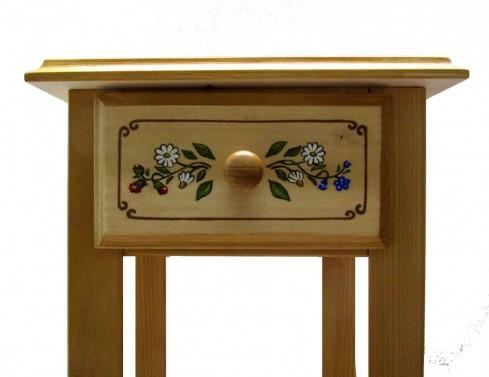 Ručně malovaný květinový stolek.
