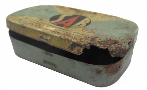 Starožitná plechová krabička
