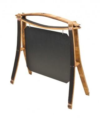 Dřevěný vývěsný štít s tabulí v selském stylu