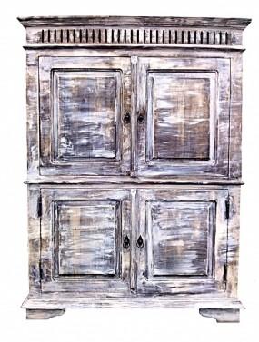 Rustikální starožitná skříň