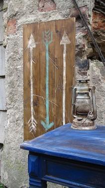 Dřevěná dekorace v provence stylu