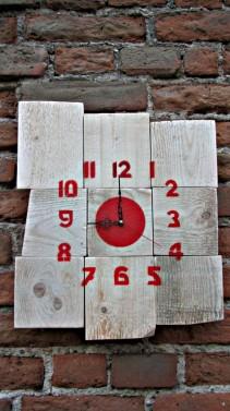 Masivní dřevěné hodiny - Stará Krása