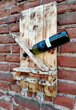 Rustikální stojan na víno - Stará Krása