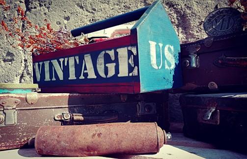 American dřevěná vintage přenoska