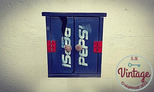 Designová originální skříňka na klíče