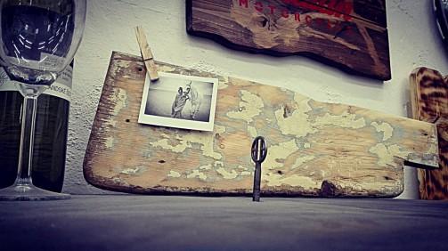 Dřevěný rámeček na fotky s příběhem