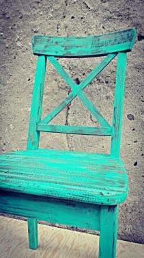 Ručně vyráběné jídelní židle
