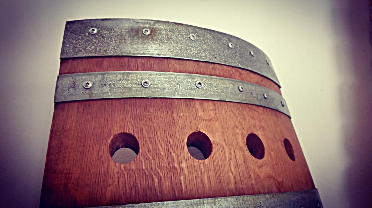 ... dubového dřeva  Dubové stojany na víno - luxusní provedení ... e88e407033