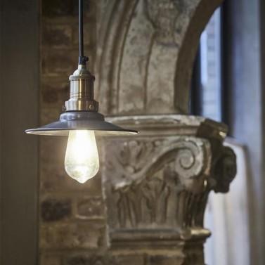Elegantní industriální světlo