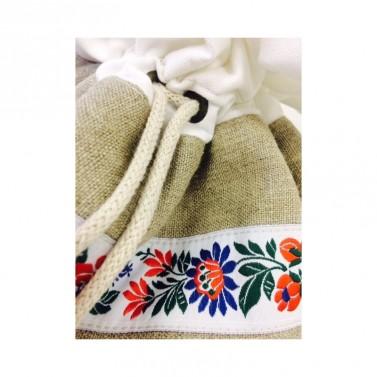 Selské textilní dekorace