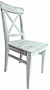 Bílá opotřebovaná jídelní židle