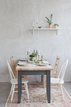 Jídelní stoly v Provence stylu