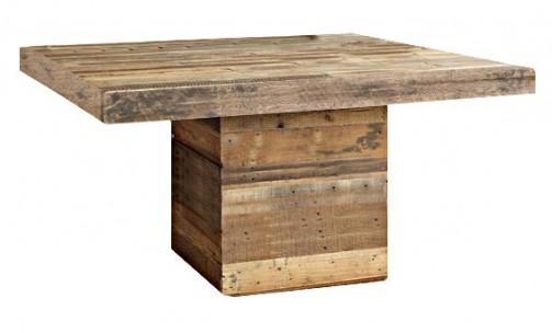 Jídelní stůl ze starých prken