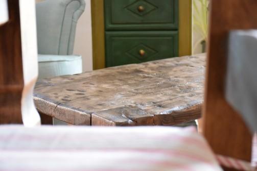 Dřevěné konferenční stoly v různých stylech