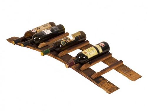 Stojany na víno ze sudových dužin