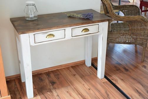 Konzolové a psací stoly v provence stylu