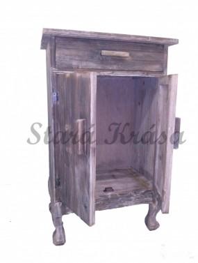Noční stolek z jedlového dřeva.