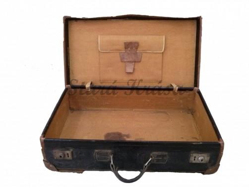 Kožený retro kufr