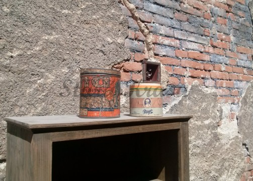 Retro papírová krabička značky ruger, retro obal na čokoládové bonbóny č.3