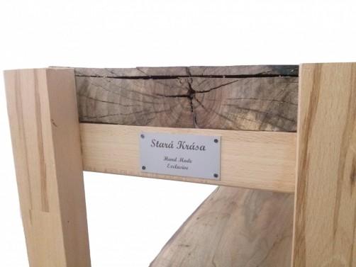Jedinečný designový kousek v podobě lavice.